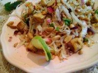Sült tofu zöldséges rizstésztával pirított mogyoróval25