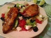 Édes-chili szószos csirkemell szeletek-görögsalátával4