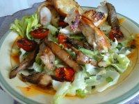 sült csirke-piritott laskagombával paradicsommal és salátával1